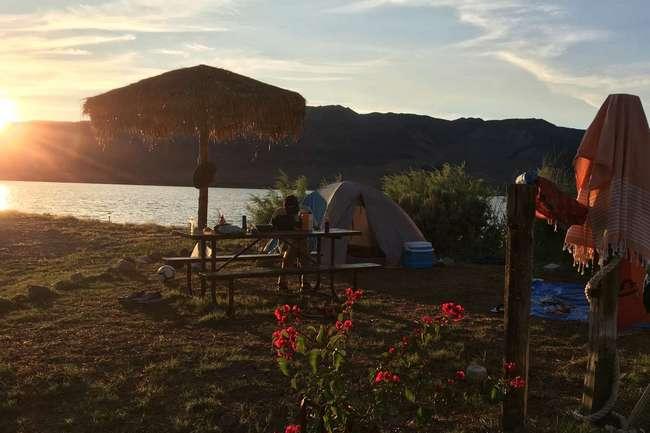Lakeshore Tent Camping T4